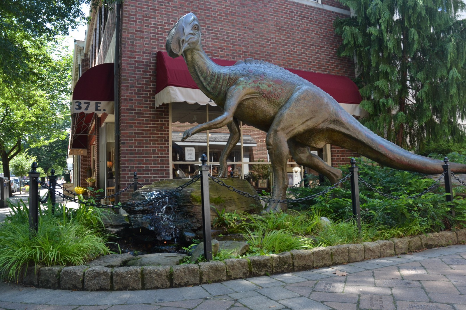 Dinosaur statue in Haddonfield